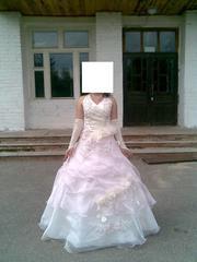 продам свадебное платье шампань